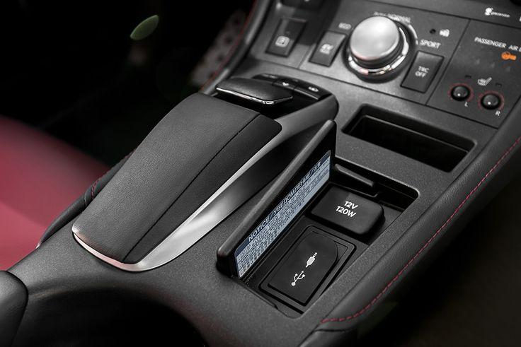 Lexus CT200h controler  see more pics: http://premiummoto.pl/01/28/lexus-ct200h-f-sport-nasza-sesja #lexus #ct200h #interior