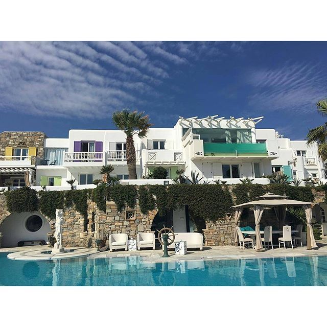 Repost from @norahdme -  #home for the next few days! #nofilter  #mykonos #greece :flag_gr: #vacation #gorgeousweather #kivotosmykonos