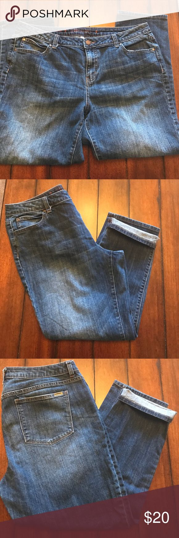 Jennifer Lopez Boyfriend Jeans Dark/medium wash boyfriend jeans. In excellent condition wear cuffed or I cuffed. Super cute with a pair of flats or flip flops. From a smoke free, clean home. Jennifer Lopez Jeans Ankle & Cropped