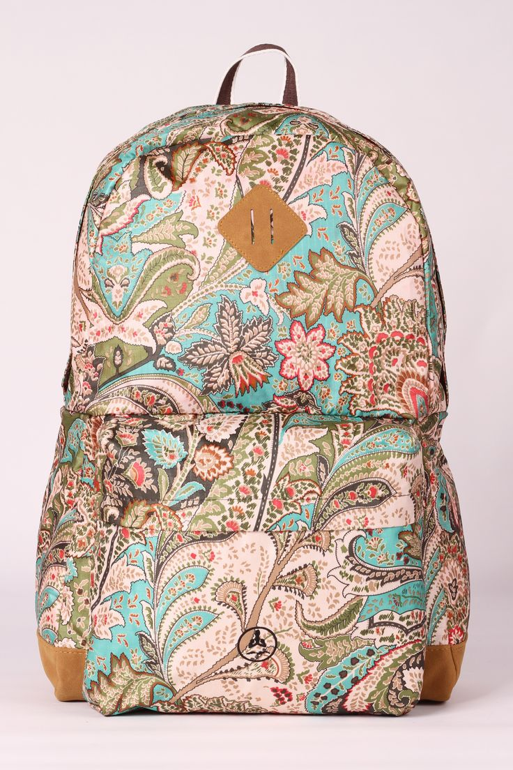 In a few simple steps it changes from backpack to handbag.