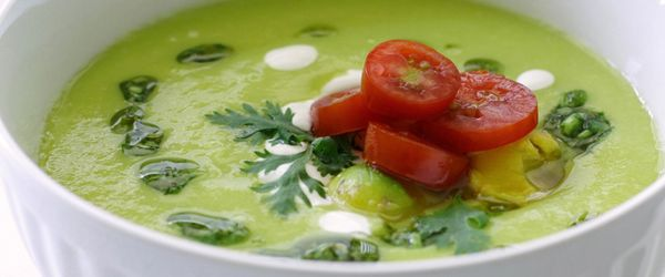 Supa de avocado cu dafin