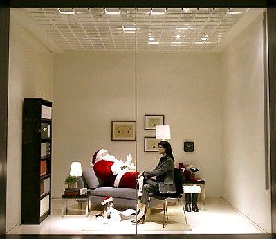 Vetrina Natale abbigliamento - source tratuttifileswordpresscom