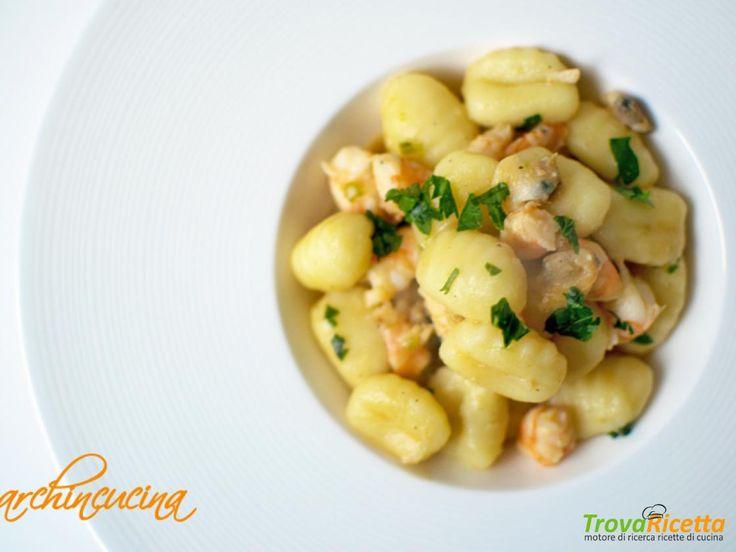 Gnocchi con gamberi e frutti di mare  #ricette #food #recipes