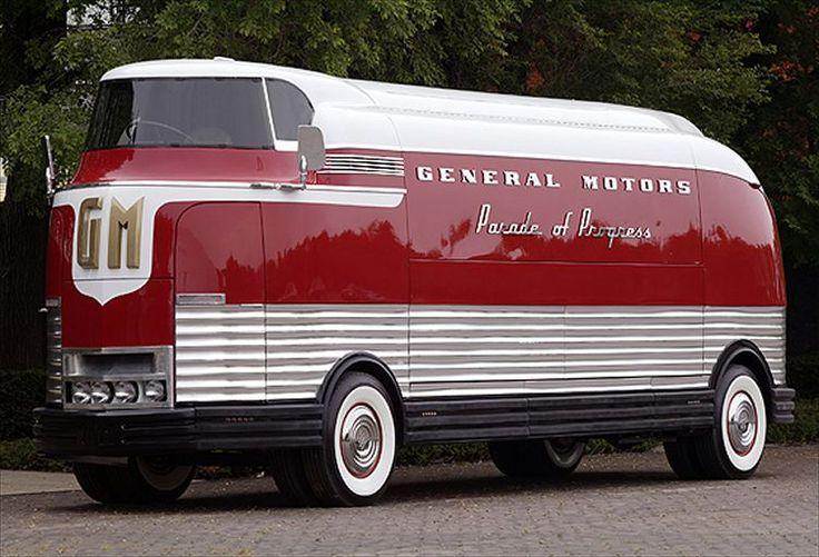 1953 GM Futureliner Motorama Dream Car.