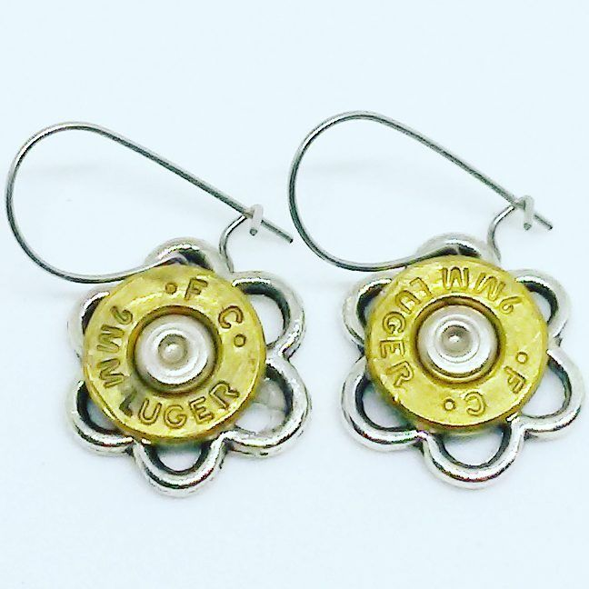 9 mm flower earrings @edcrights #carryDAILYcrew #wewillnotbeINVISIBLE #2a #secondamendment #wetheTHREE #2ndamendment #9mm #luger #guns #gunjewelry #girlsandguns #gungirls #earrings #brass #flower #jewelry #flowerjewelry #texas #tx #madeintexas #dallas #fortworth #austin #dfw #metroplex #atx #global #smallbusiness #shoplocal #amandanancedesigns