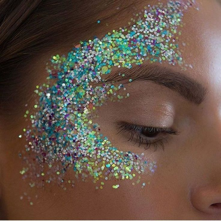 Glitter #GlitterFace #GlitterMakeup #GlitterFestival –