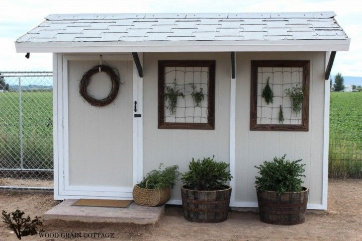 Shed Makeover by The Woodgrain CottageGardens Ideas, Blog Parties, Wood Grains, Backyards Storage, Chicken Wire, Herbs Dry, Backyards Ideas, Diy Projects, Woodgrain Cottages