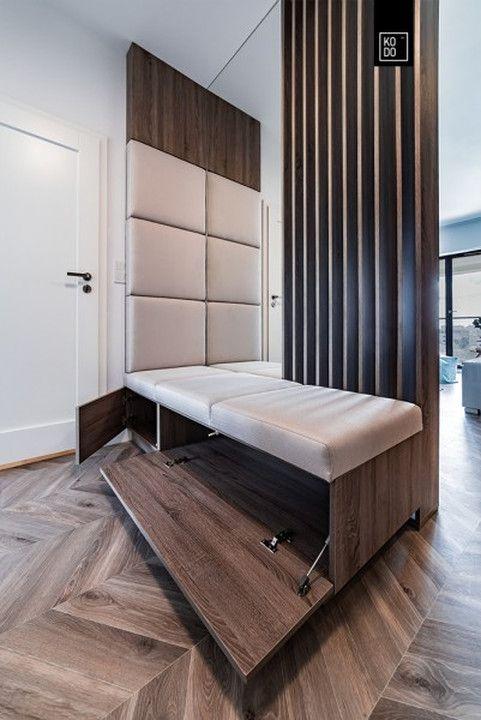 Pomysłowo urządzone mieszkanie w Warszawie. Drewno i turkus - świetne połączenie