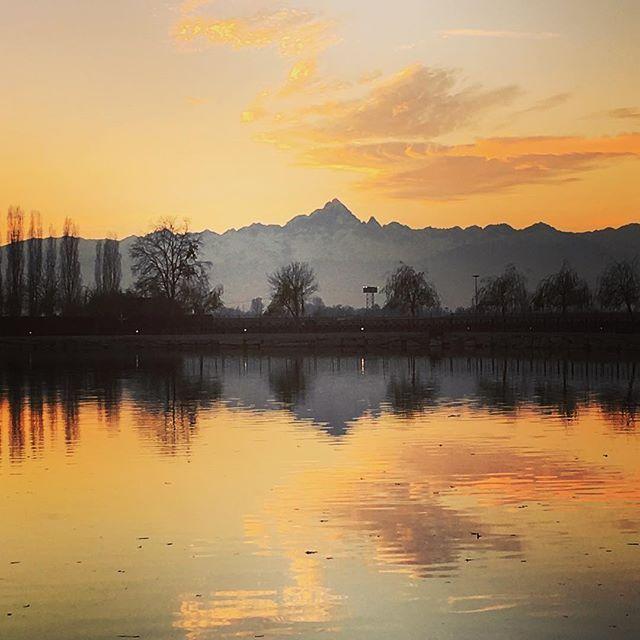 Il tramonto, il Monviso e la famiglia sono gli ingredienti del mio #ptitzelda2016day8 #ptitzelda2016