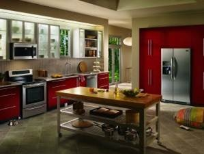 Frigidaire Kitchen With Red Cabinets And Smudge Proof Stainless Steel  Appliances. | Kitchens We Love | Pinterest | Kitchens And Laundry Appliances