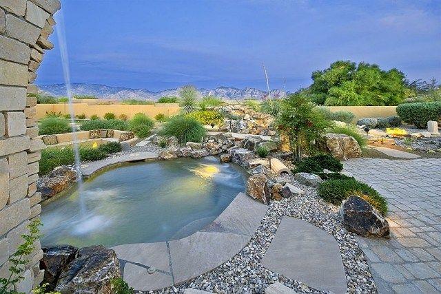 südliches flair im garten-schwimmbecken mit wasserspielen, Garten und erstellen