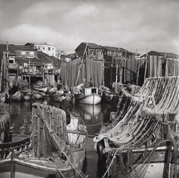 Ara Guler- Kumkapi,1950