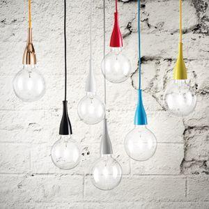 Suspension en métal coloré ampoule Minimal (6 coloris) 37€