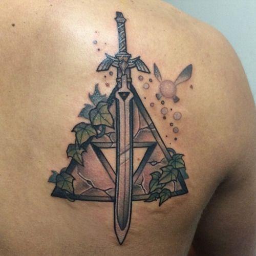 trifuerza tattoo - Buscar con Google                                                                                                                                                                                 Más