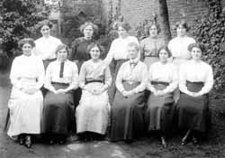 staff of Clarks Dyeworks of Retford c 1912