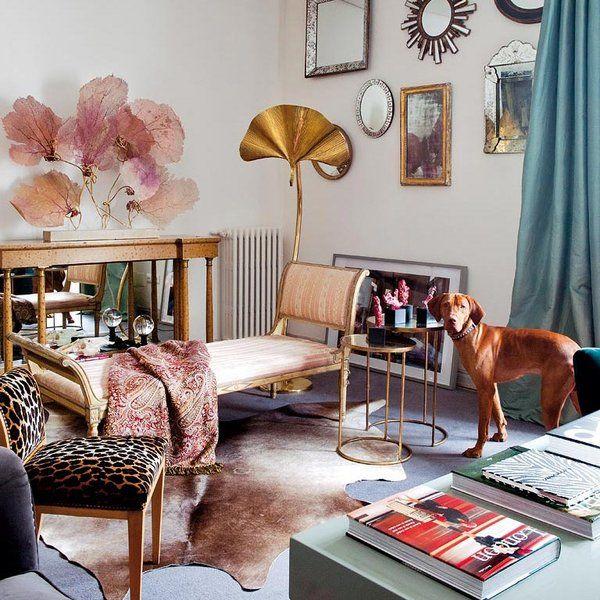 Vitalista, elegante, desenfadado, romántico... Clásico y, sin embargo, moderno –o al revés–, el piso madrileño de Casilda Arizón es, como la ropa de esta joven diseñadora, un mimado trabajo que...