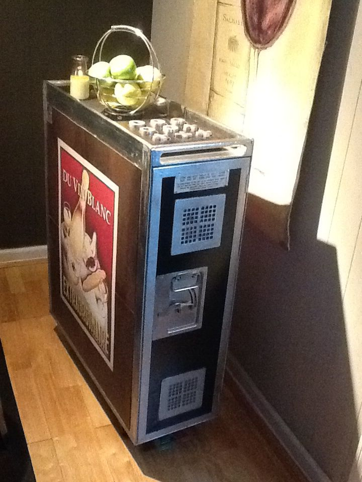 Airline beverage cart from Atlas Airlines. Refurbished as a snack cart.