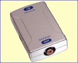 Met de CONV-OPTCOAX sluit u apparatuur, die alleen een optische audio-uitgang heeft, aan op de coaxiale ingang van uw home cinema systeem. Ideaal voor moderne surround sound geluidskaarten, die vaak alleen een optische digitale uitgang hebben! http://www.vego.nl/audio-video/conv-optcoax/conv-optcoax.htm