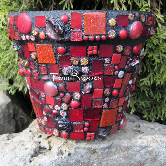 Red Mosaic Flower Pot www.twinbrooks.etsy.com