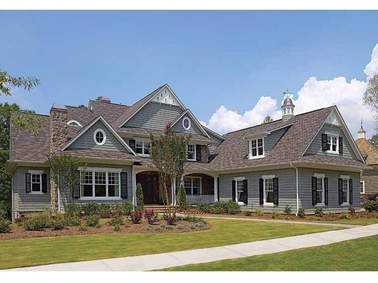 Eplans Craftsman House Plan   Traditional Feel, But Thoroughly Modern    6622 Square Feet And 5 Bedrooms From Eplans   House Plan Code