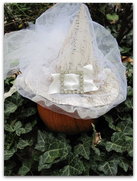 White Witch's Hat