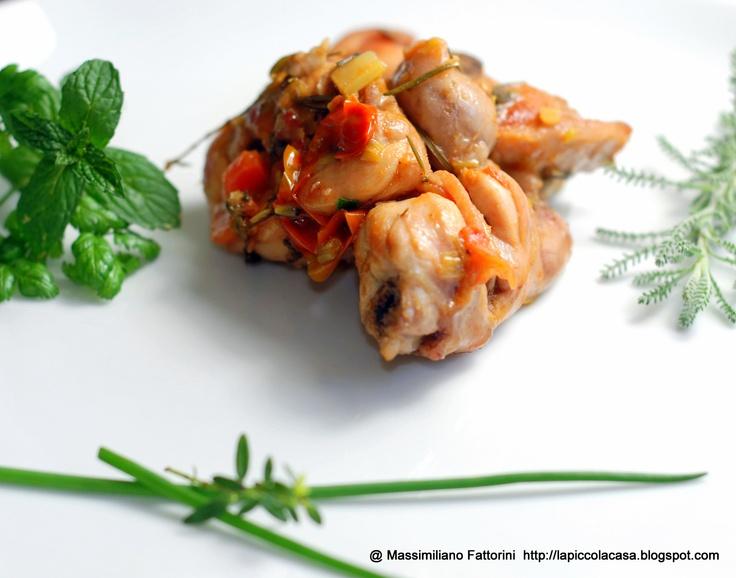 la ricetta del coniglio super marinato con erbette, semi di senape, pomodoro e capperi