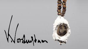 Victoria Nordenstam. Victoria tillverkar för hand smycken i metall och olika blandmaterial t.ex trä, sten, lera och mycket annat. Hon letar ständigt efter nya uttryck och strävar efter att utvecklas.