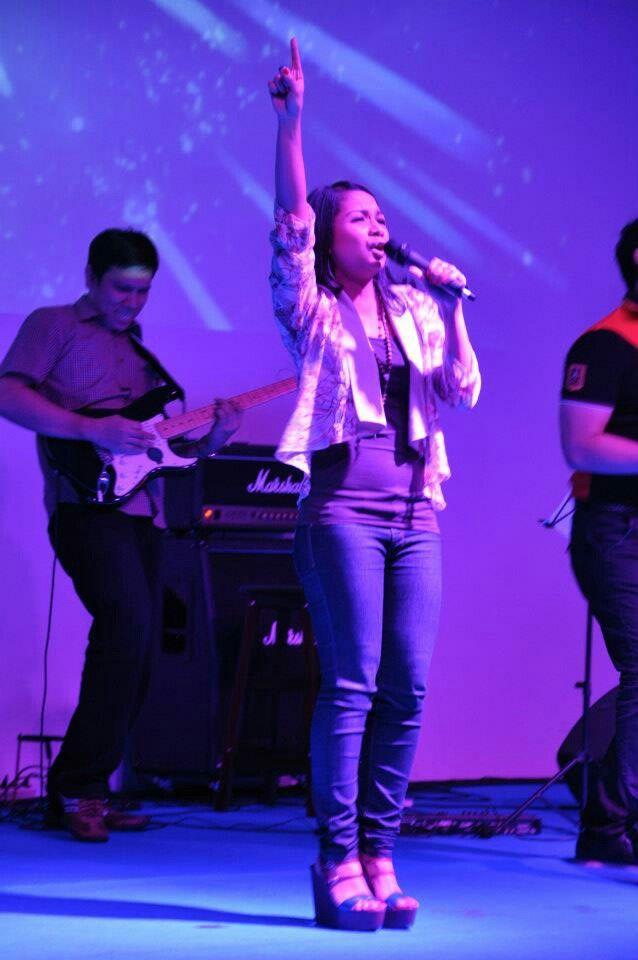 Rock n Roll w/Cindy AFI, yeahh..