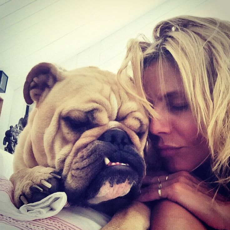 Heidi Klum - OG, Heidi Klum, is likely the model many of the ladies on this list aspire to be. At 13 years sporting the wings, Klum is one of the longest walking Angels out there. Today, she's busy running businesses and posing for selfies with her adorable dog, Freddy.  Photo by @heidiklum
