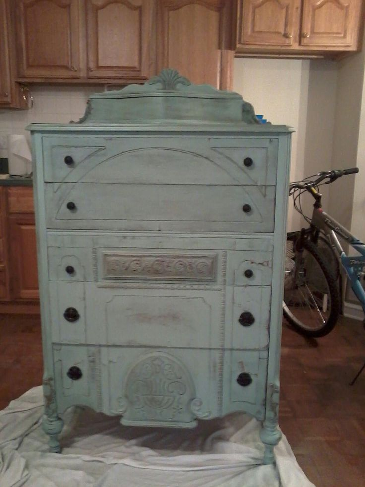 Annie sloan chalk paint duck egg blue duck egg for Duck egg blue kitchen island