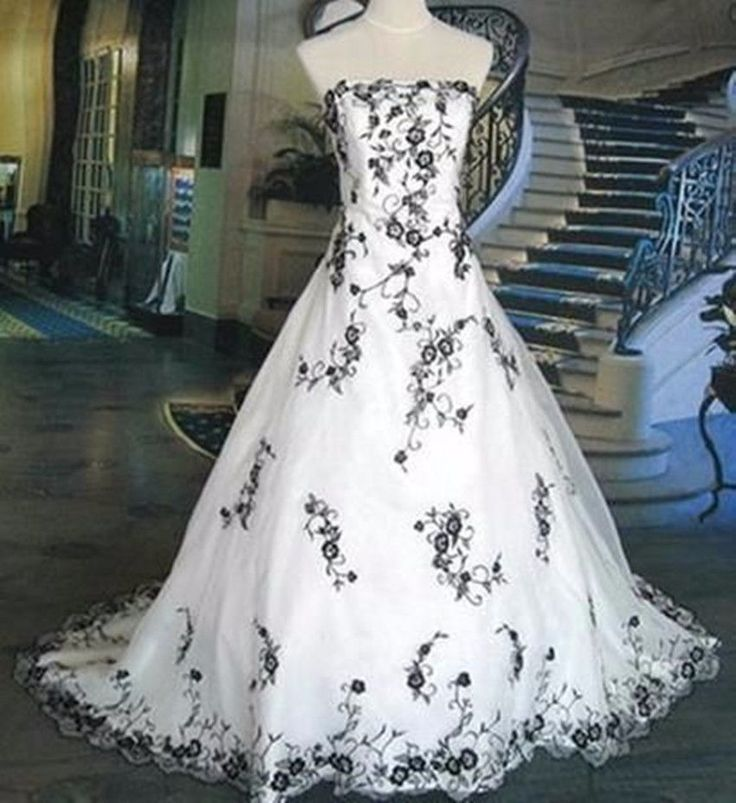 embroidere Black And White Wedding Dresses Elegant Ball Gown Custom Size4 to 18+