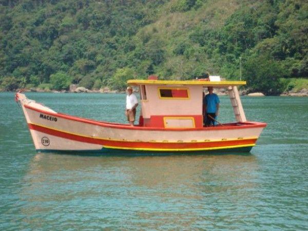 Barco de pesca simples – Fotos de Barcos