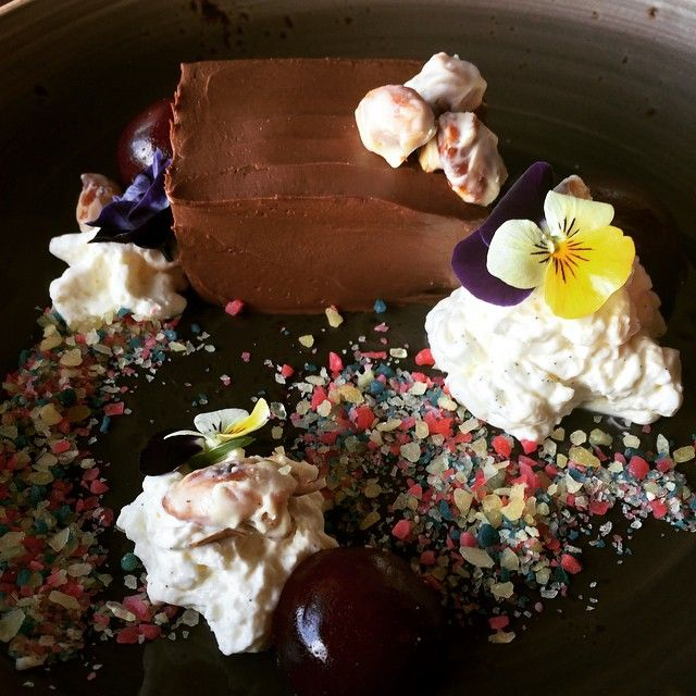 Oh Melbourne I love your food! Chic delice dessert with popping candy #nakedinthesky #brunswick