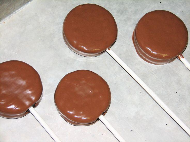 Chocolate Dipped Oreo Pops.