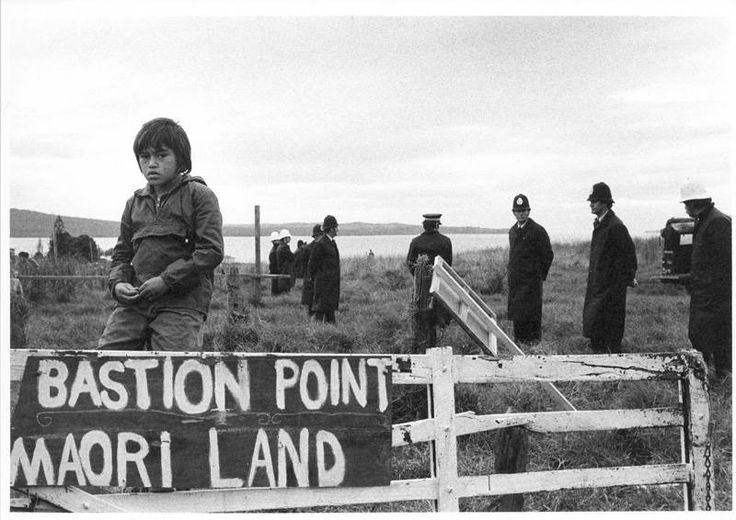 Auckland War Memorial Museum - Morrison,-Robin,-1944-1993-[Ngati-Whatua-occupation-of-Bastion-Point]