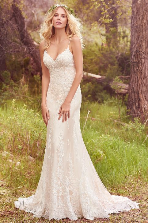 Sexy V Neck Spaghetti Strap Sweep Train Backless Long Lace Wedding Dress