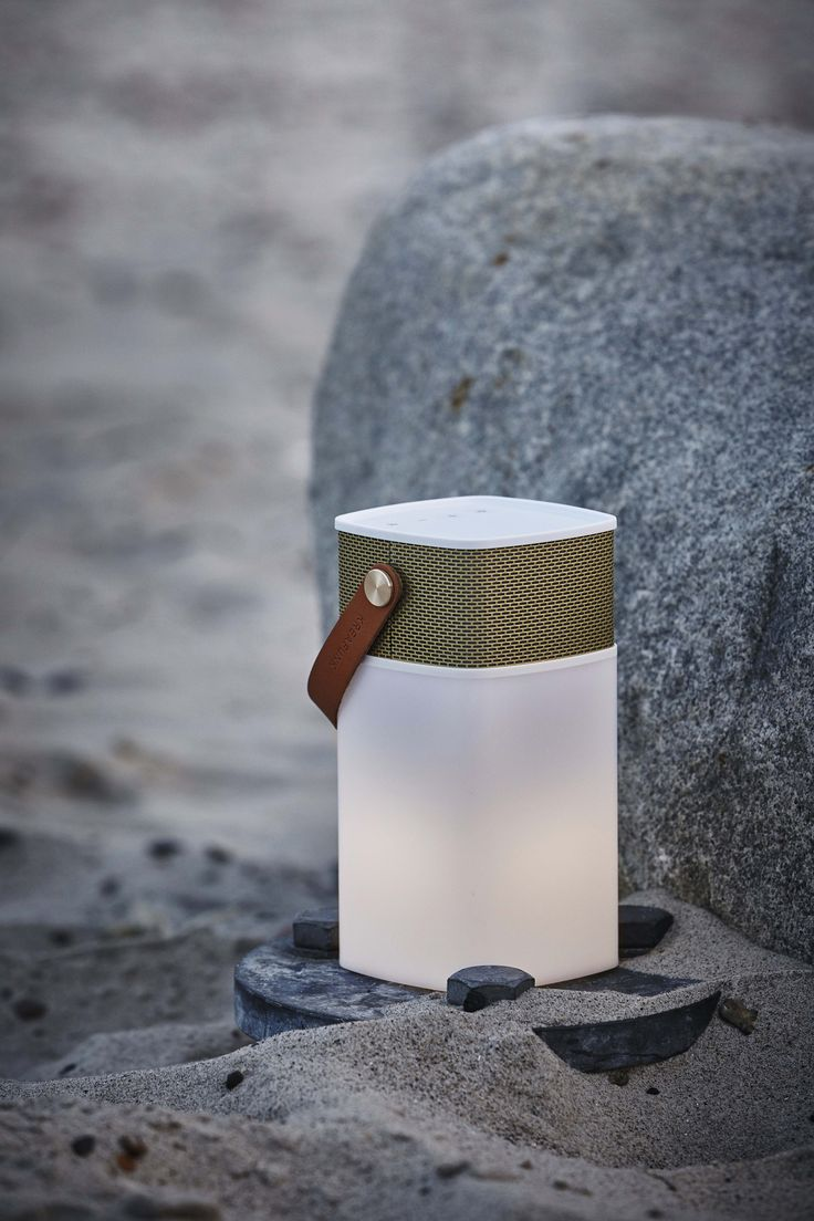 aGLOW from KREAFUNK is a cool, small lightweight speaker, lamp and power bank in a unified design.