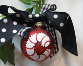 DIY christmas ornaments personalize itChristmas Crafts, Cat Teachers, Dollar Stores, Diy Personalized, Definition Spices, Hailey, Rolls Tide, Christmas Ideas, Diy Christmas Ornaments