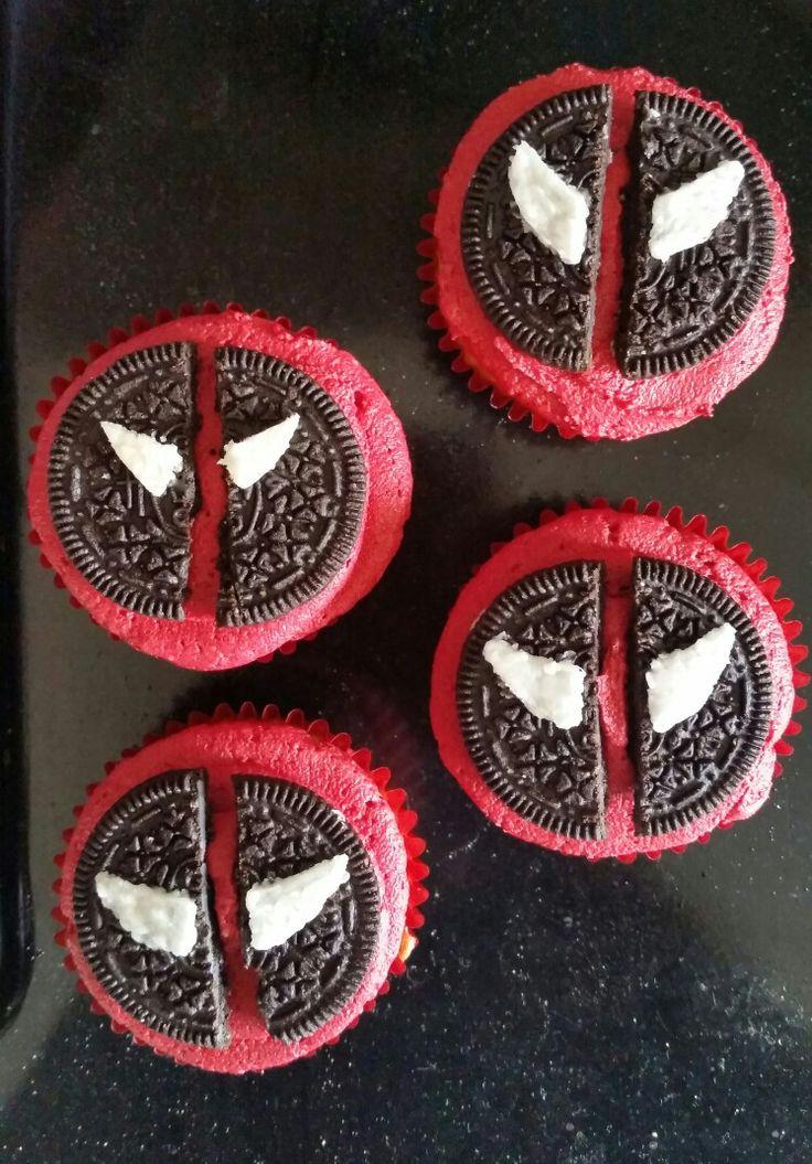 Deadpool cupcakes                                                       …