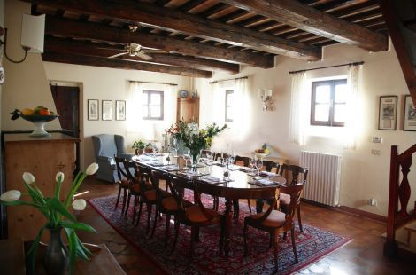 Awesome Manor with church, golf course and pool in Marche region on sale www.findhouseitaly.com
