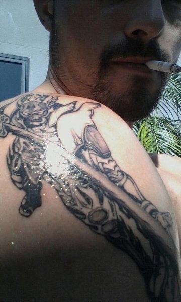 ricardo medina, jr. | Ricardo Medina Jr. with a new Deker tattoo.