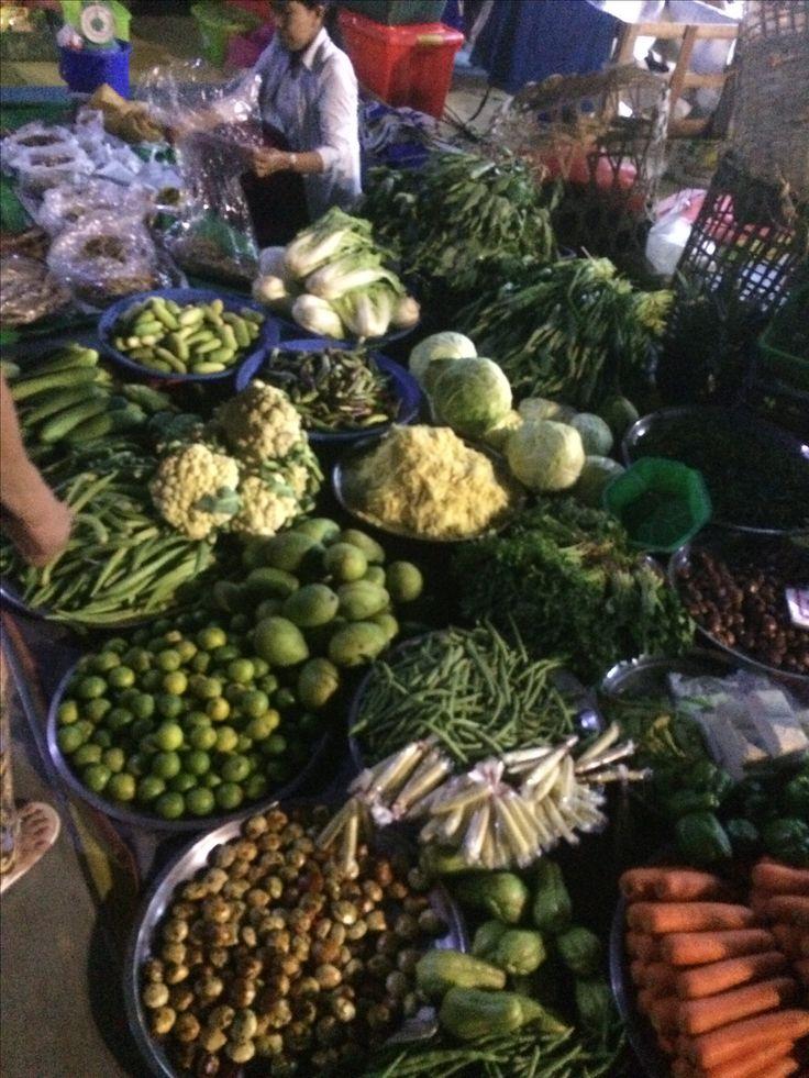 Night markets at Pathein