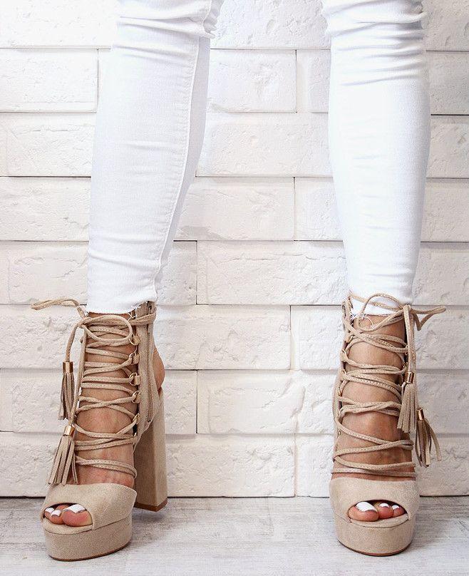 Wiązane sandały na słupku <3 www.BUU.pl