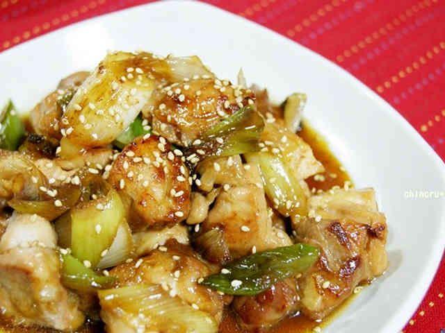 簡単美味しい☆鶏もも肉と白ねぎの照り焼きの画像
