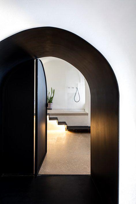 Modern Cave | Pitsou Kedem Architects