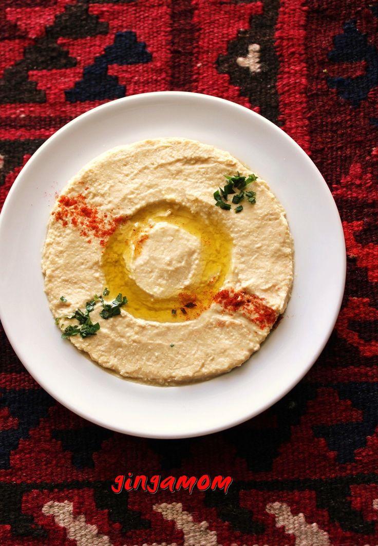 うちのフムス~ひよこ豆と練り胡麻ペースト☺︎ひよこ豆と煉り胡麻、塩、にんにく、レモン搾り汁などを加えて作るペーストです。 オーソドックスな基本のフムスのレシピです。