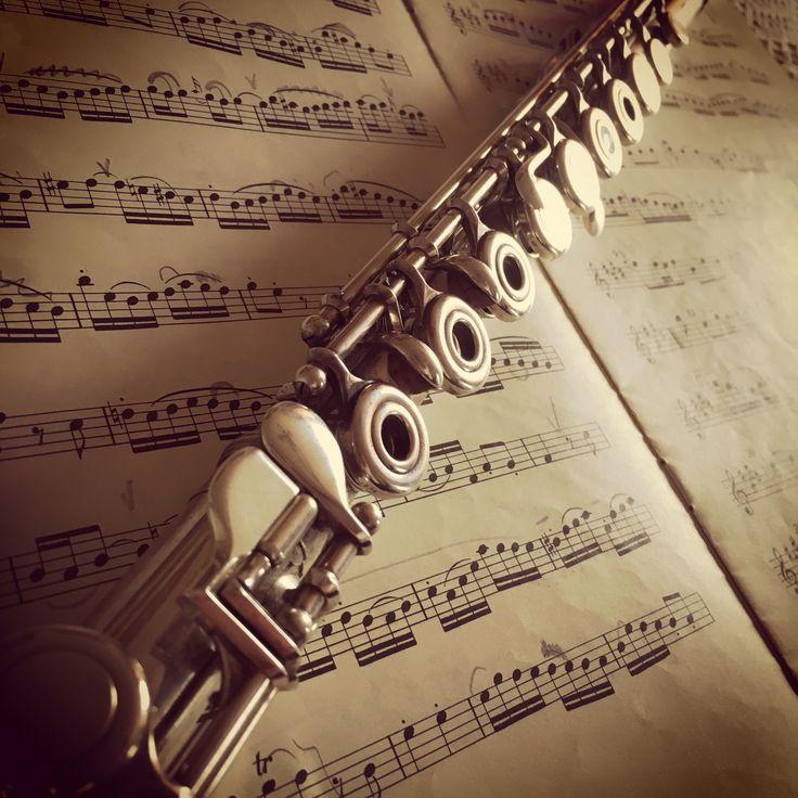 Celebrating Bach!  www.thomasflute.com