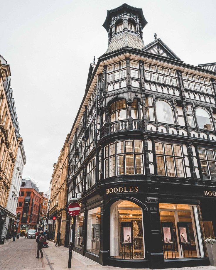 24 Hours In Manchester England Trip Blogs Ideas Manchester Travel Manchester England England Travel