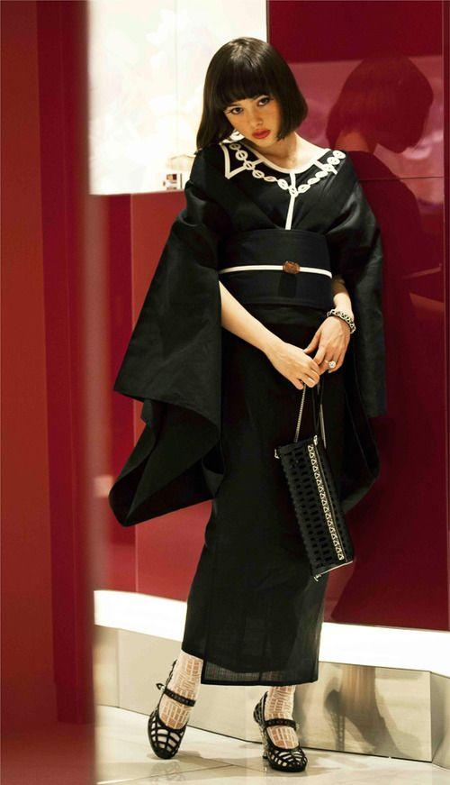 【画像 2/5】伊勢丹×東京デザイナー今年は女の浴衣、ミナやファセッタズムとコラボ | Fashionsnap.com