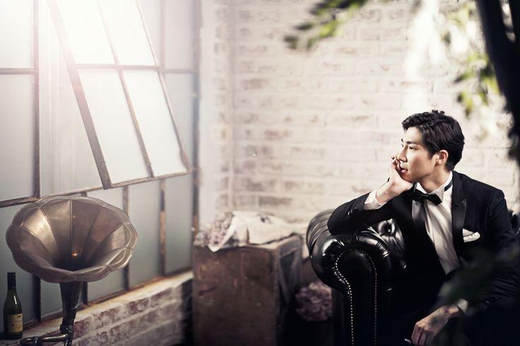 Korea Pre-Wedding Photography in Studio & Dosan Park, Seoul by May Studio on OneThreeOneFour 10